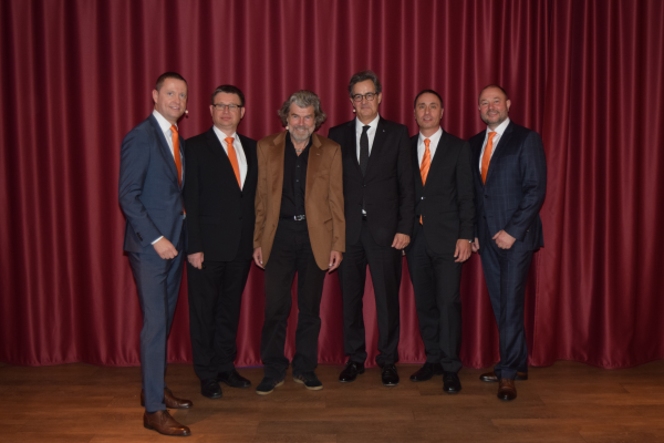v.l.n.r.: Christoph Kothe, Andreas Woda, Reinhold Messner, Theophil Graband, Guido Jüttner, Thomas Auerswald
