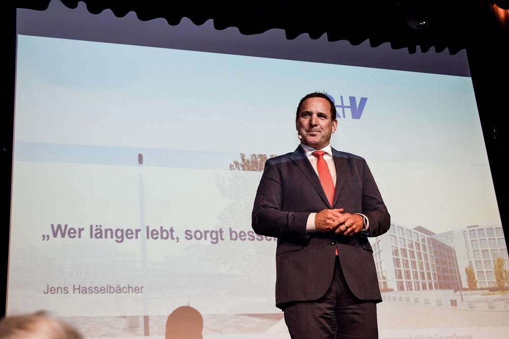 Vorstandsmitglied der R+V-Versicherung Jens Hasselbächer